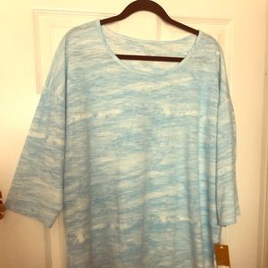 Brand new casual top